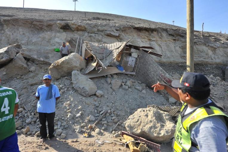 Pérou: un mort et 55 blessés dans un séisme de magnitude 7,3