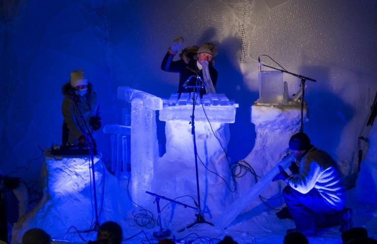 Sur des instruments de glace, la musique de chambre froide en Norvège