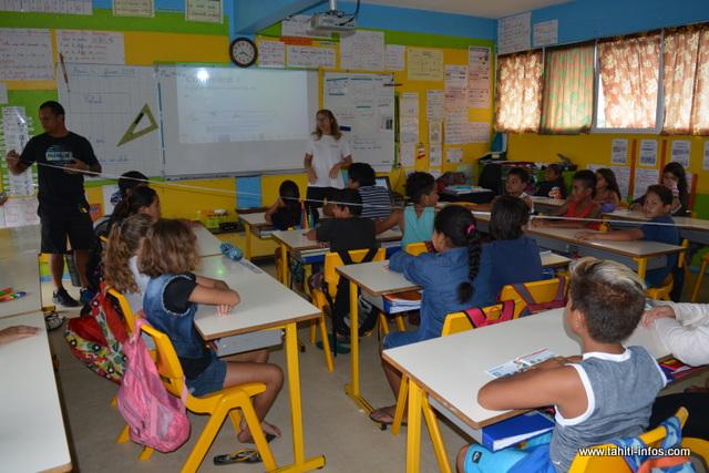 Des biologistes marins sont allés à la rencontre des élèves en classe de CM2 de l'école Fareroi à Mahina, ce mardi.