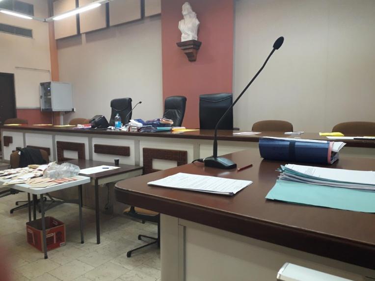 Procès Ellacott: les victimes témoignent, les accusés s'expliquent