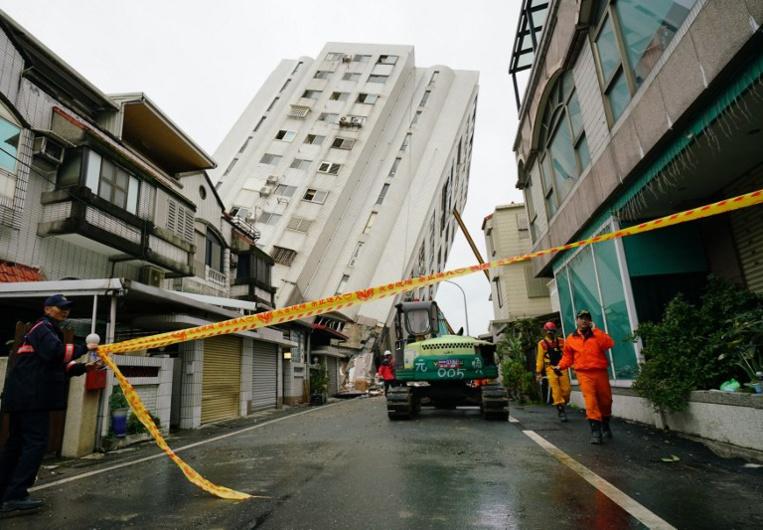 Taïwan/séisme : dix morts confirmés et sept disparus, selon un dernier bilan