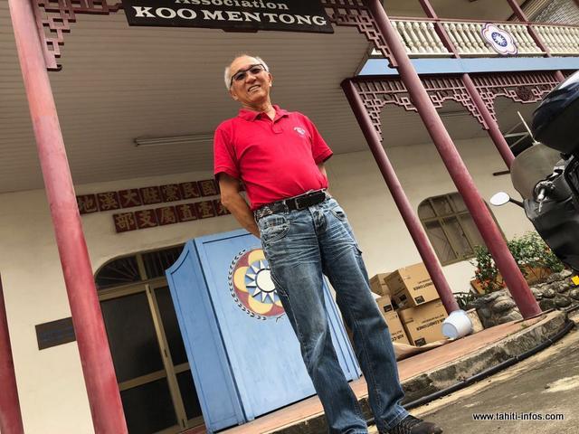 Le président de l'association Si Ni Tong parle des astres pour cette année du chien de terre.