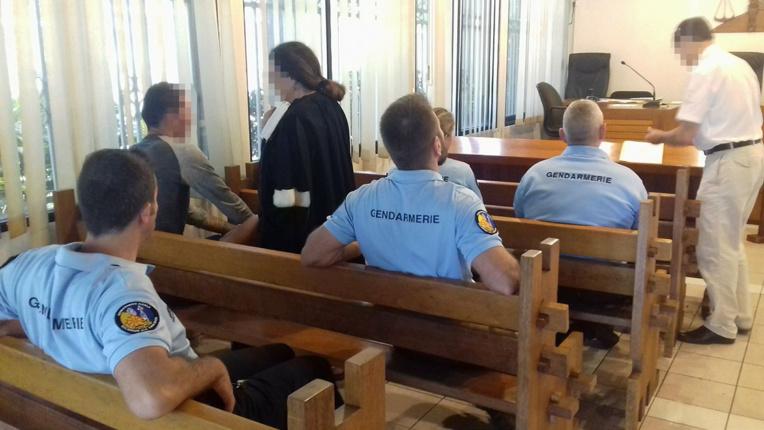 4 ans de prison pour 64 grammes d'Ice  dans son rectum
