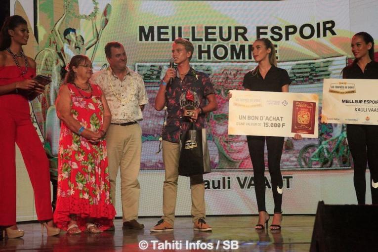 Kauli Vaast élu meilleur espoir