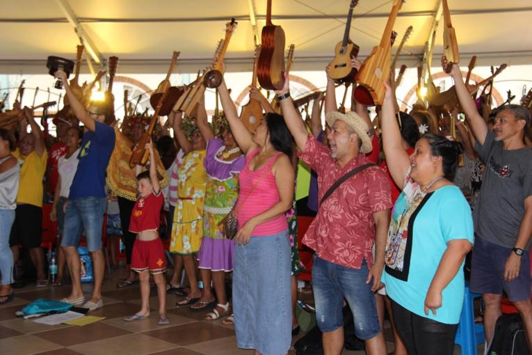Dernière répétition générale pour le record du monde de ukulele
