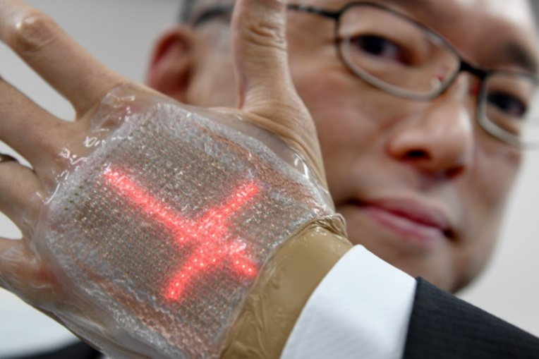 Un Japonais invente un écran à LED comparable à une seconde peau