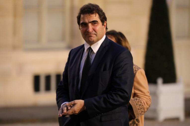 Valls et Jacob pour que l'Etat dise son choix pour le référendum en(...)