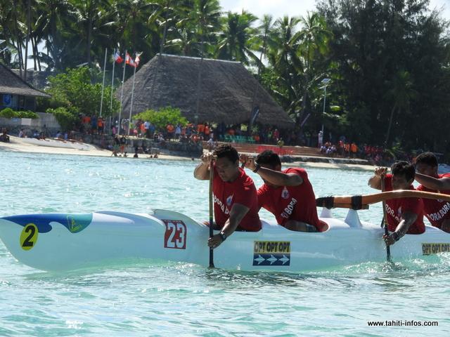 Les séniors hommes de Bora Bora ont franchi la ligne d'arrivée en 1 minute et 51 secondes.