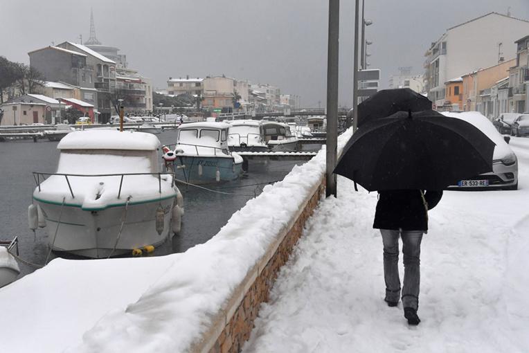 L'Europe grelotte sous le froid sibérien, près de cinquante morts