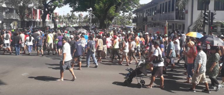 Grèves: Angelo Frebault annonce des blocages et des barrages