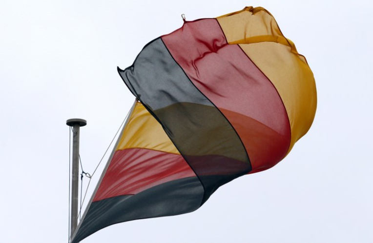 Canada: drapeau allemand pour accueillir le roi des Belges