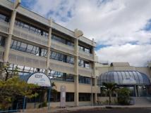 """""""Les provisions de renouvellement constituées pour le renouvellement des groupes thermiques de la centrale de la Punaruu (60 % de la production d'électricité sur Tahiti) sont justifiées par la fin de vie de quatre des huit moteurs de cette centrale à l'horizon 2020 et de deux autres moteurs avant le terme du contrat"""", a souligné EDT dans un communiqué. """"Le montant prévisionnel des dépenses de renouvellement de ces moteurs, estimé à fin 2016, est de 14.8 milliards de Fcfp."""""""