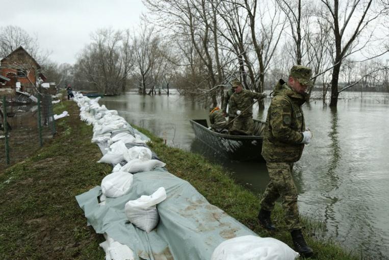 Croatie: plusieurs villages isolés par les inondations
