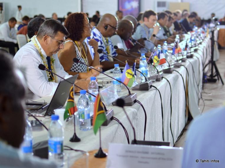 16 pays du Pacifique se sont réunis à une même table, mélangeant politiques et entreprises. Le début d'une nouvelle ère de développement économique régional ?