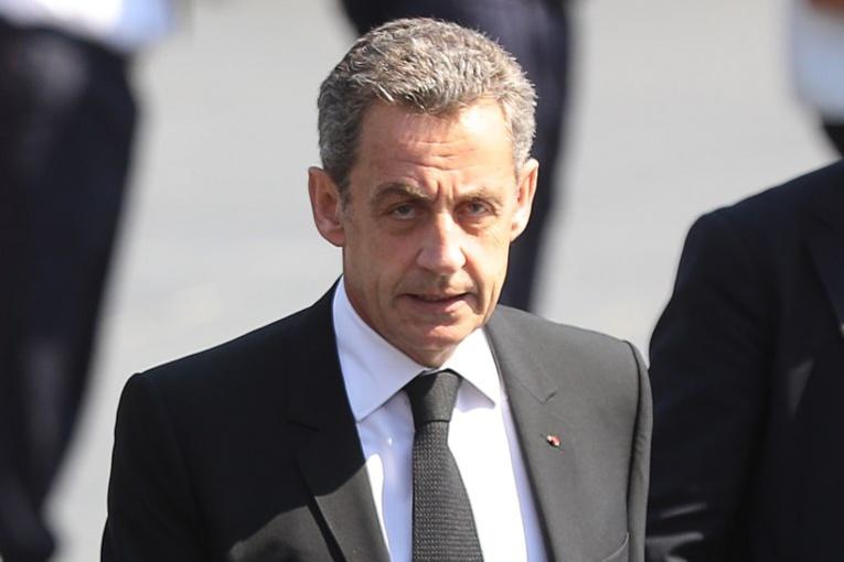 "Mis en examen, Sarkozy dénonce ""l'enfer"" de la ""calomnie"" et va s'expliquer sur TF1"