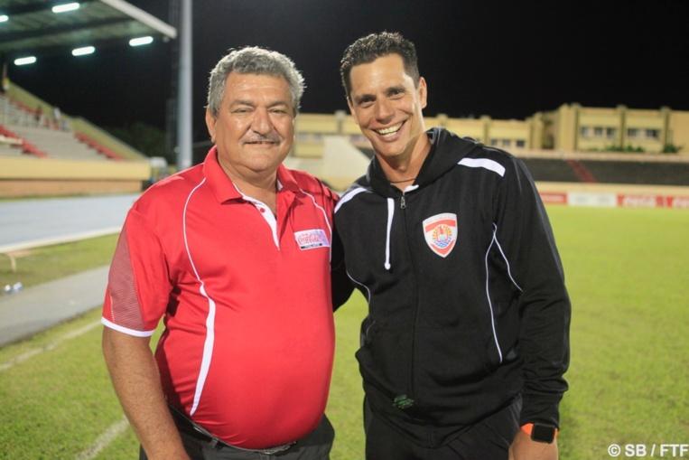 Le président Thierry Ariiotima et Naea Bennett, coach par intérim de la sélection de Tahiti
