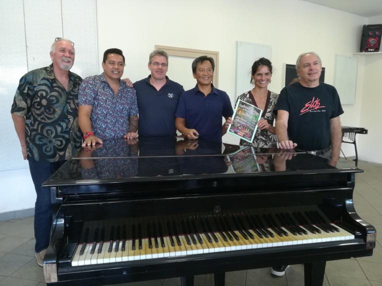 L'équipe en charge de la première édition du Festival international de jazz.