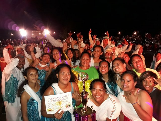 Afaahiti représentait l'Inde, et avec leur incroyable prestation, ils ont remporté le 1er prix en danse moderne.