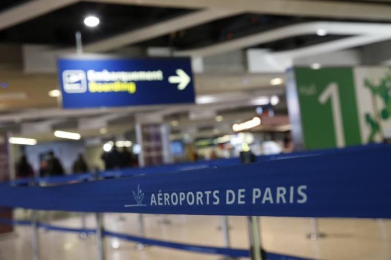 Aéroports parisiens: contrôles par reconnaissance faciale en juillet