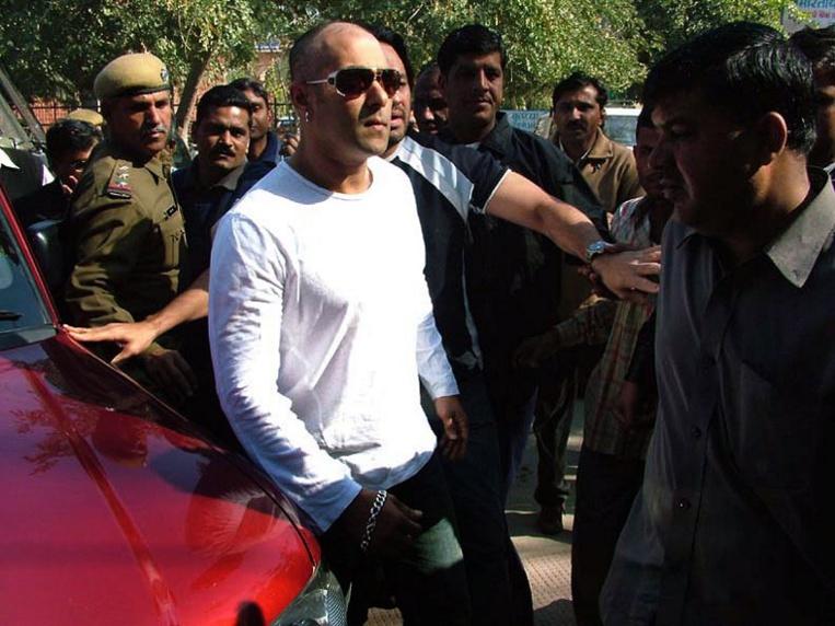Cinq ans de prison pour le sulfureux Salman Khan, superstar de Bollywood