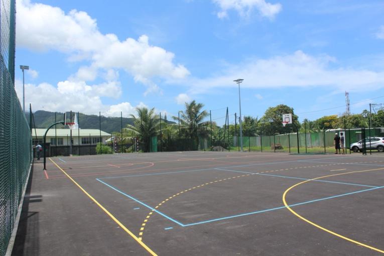 Le plateau multi-sports de Hitimahana sera inauguré ce vendredi à partir de midi.