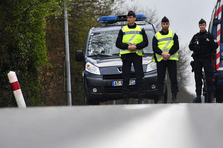 Notre-Dame-des-Landes: l'opération d'expulsion a commencé, des affrontements