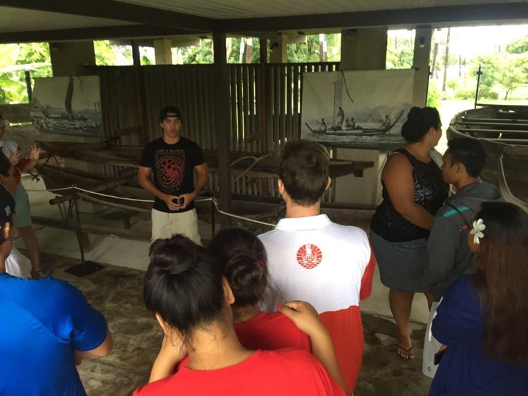 Une cinquantaine de bénévoles ont visité le musée de Tahiti et des Îles, la semaine dernière.