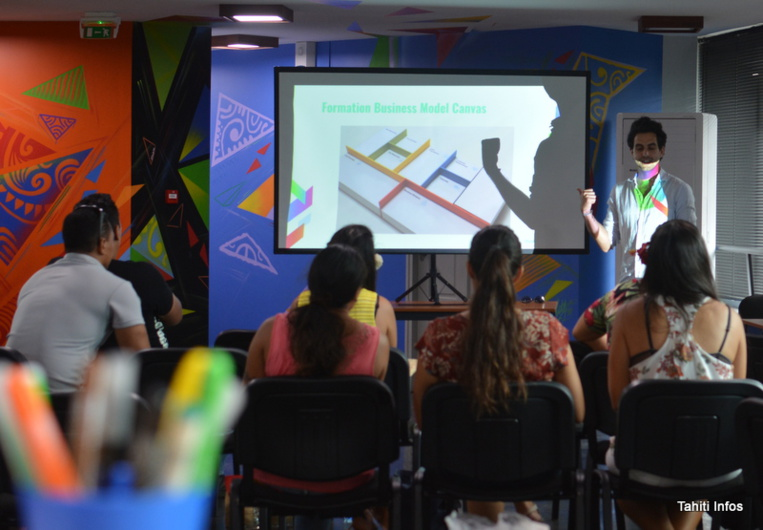 """La compétition est basée sur l'organisation de huit """"ateliers d'émergence"""" par le PRISM. Les meilleurs projets qui émergeront à travers la Polynésie participeront à la finale à Papeete."""