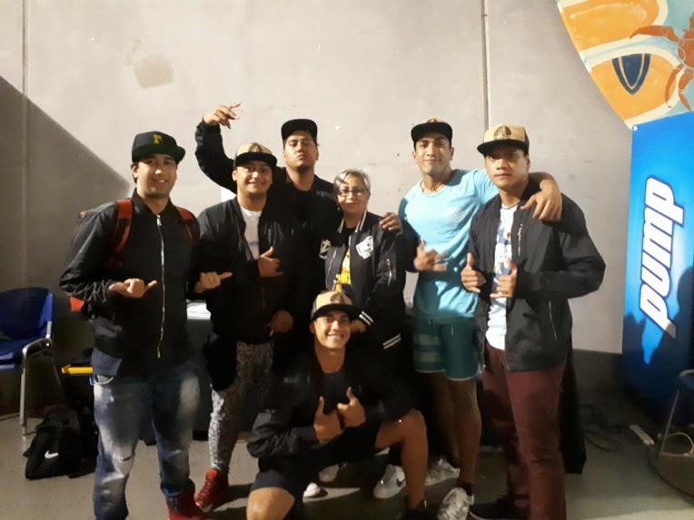 """Nos jeunes ont """"été reçus comme des rois. La directrice du Hip Hop International Nouvelle-Zélande a mis en place un transport gratuit pour le déplacement de nos jeunes danseurs. Elle a mis aussi une salle à leur disposition pour se reposer et répéter"""", assure la chef du groupe, Ateliana Ruiz."""