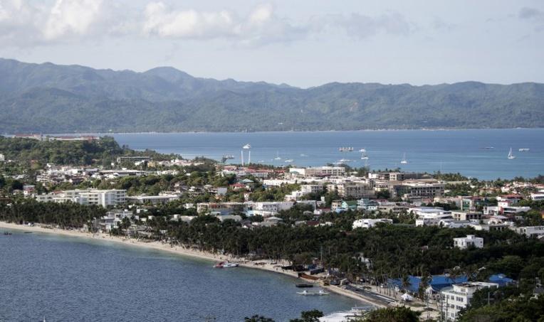 Les Philippines ferment Boracay, leur île paradisiaque souillée