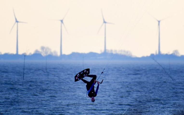 Décès d'un kite-surfeur au large d'une plage du Calvados