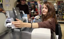 """Casino: paiement en différé sans frais, pour les """"fins de mois difficiles"""""""