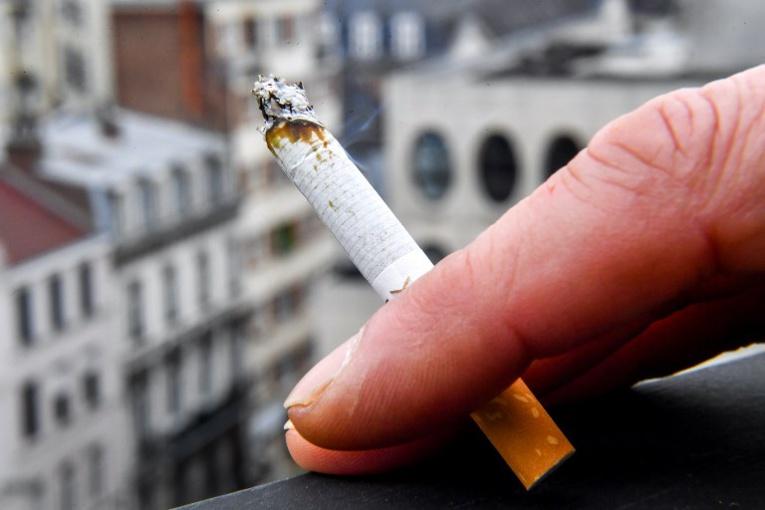 Enquête après une plainte contre les cigarettiers accusés de tricher sur les taux de goudron
