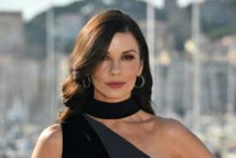 Catherine Zeta-Jones héroïne de la nouvelle série de Facebook