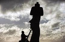 Ile de Pâques - Astronomes et autochtones attendent avec ferveur l'éclipse