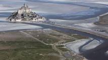 Environnement: Début d'une délicate vidange près du Mont-Saint-Michel