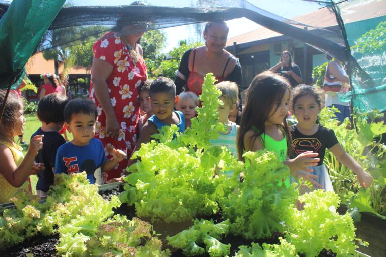 Les enfants de l'école maternelle Atinuu à Punaauia.