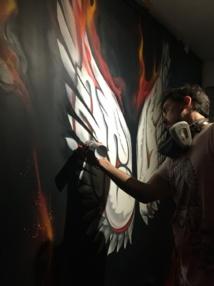 IMG 5036 L'artiste local ABUZ en action au musée du street art de Tahiti - Crédit : TNG/ONO'U-JOZ