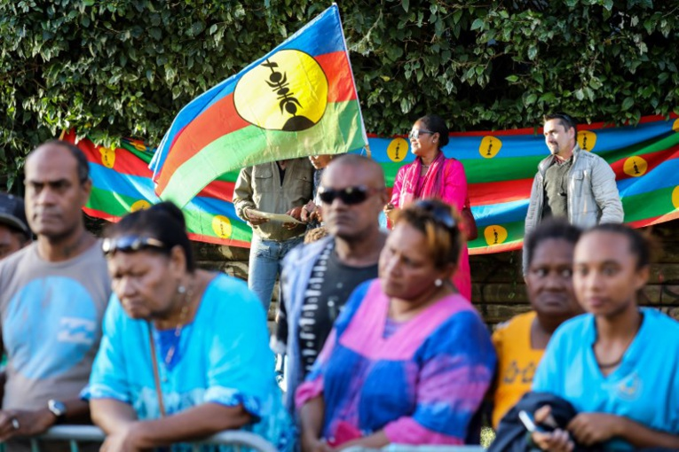 """N-Calédonie: les indépendantistes dénoncent un """"dialogue de sourds"""" avec la droite"""