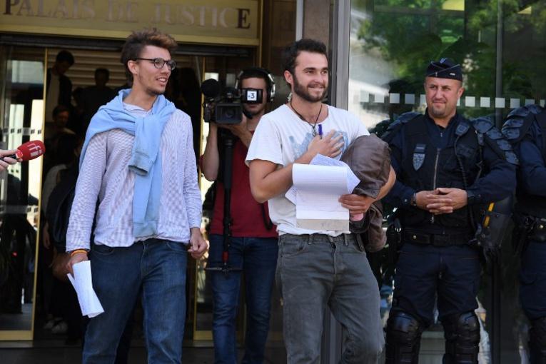 Aide aux migrants: procès de Gap renvoyé et contrôle judiciaire des trois prévenus levé
