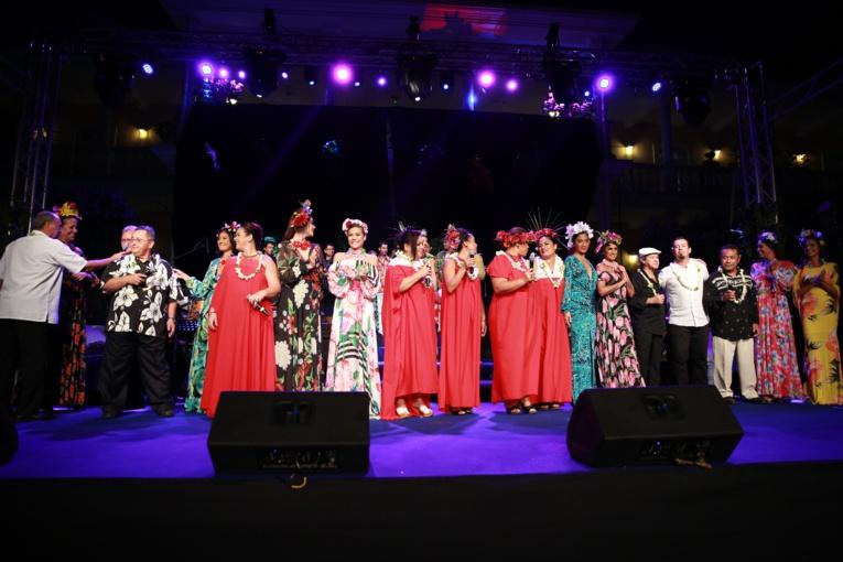 Revivez avec émotion le Tahiti d'autrefois le temps d'une soirée mémorable et festive le 14 juillet.