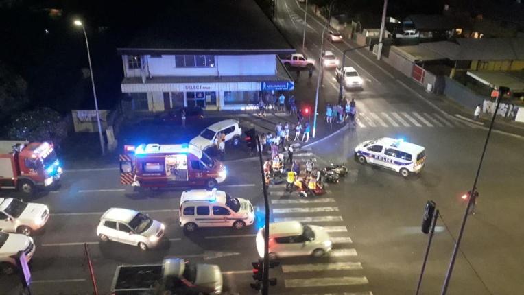 Deux motos entrent en collision, les deux conducteurs blessés