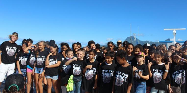 Des élèves de La Mennais et d'Anne-Marie Javouhey ont participé à la croisière organisée pour la Journée mondiale des Océans.