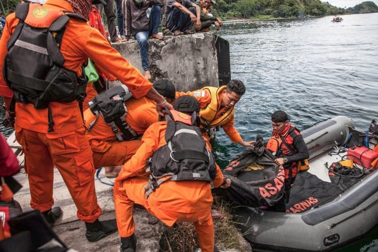 Naufrage en Indonésie: le bilan augmente à 192 disparus