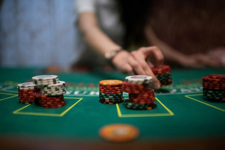 """""""Faites vos jeux"""": le Japon veut toucher le jackpot avec les casinos"""