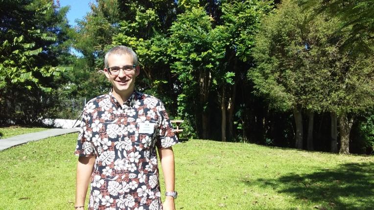 Sylvain Petit est maître de conférences en sciences économiques à l'université de Polynésie française.