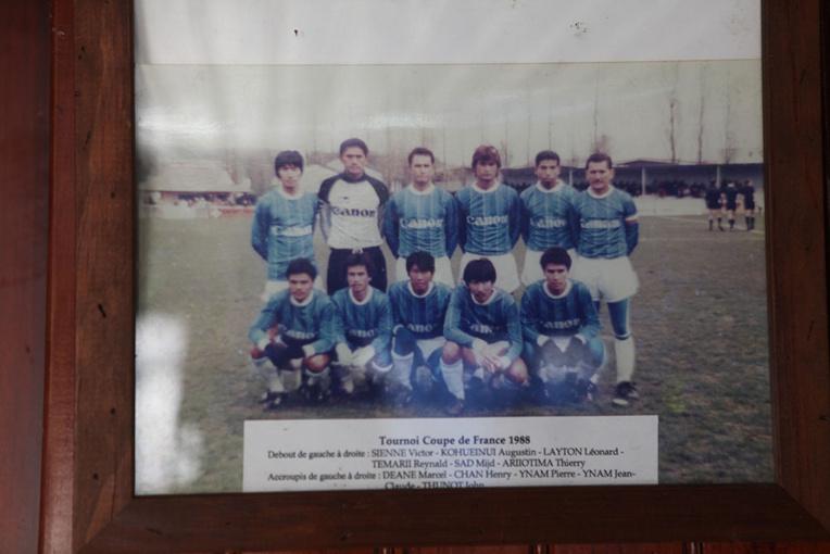 22-L'équipe de la grande époque avec Thierry Ariiotima et Reynald Temarii, entre autres..