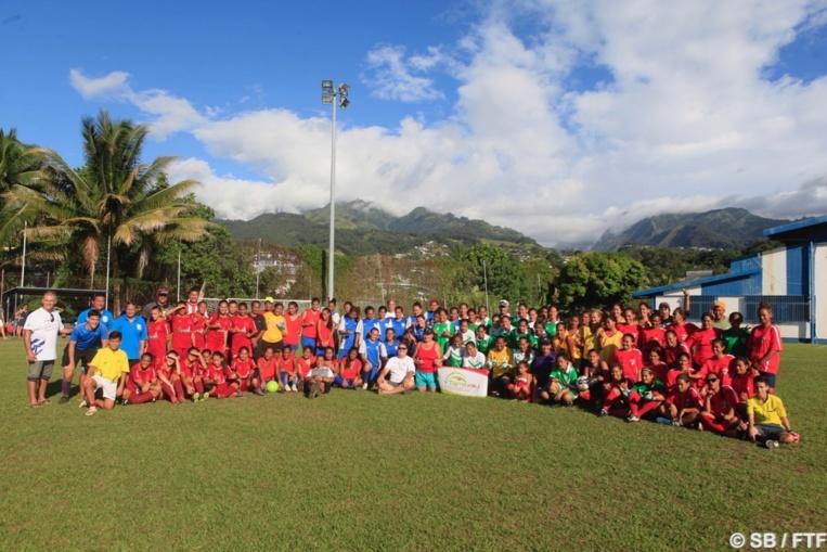 Six équipes ont participé à ce mini-tournoi