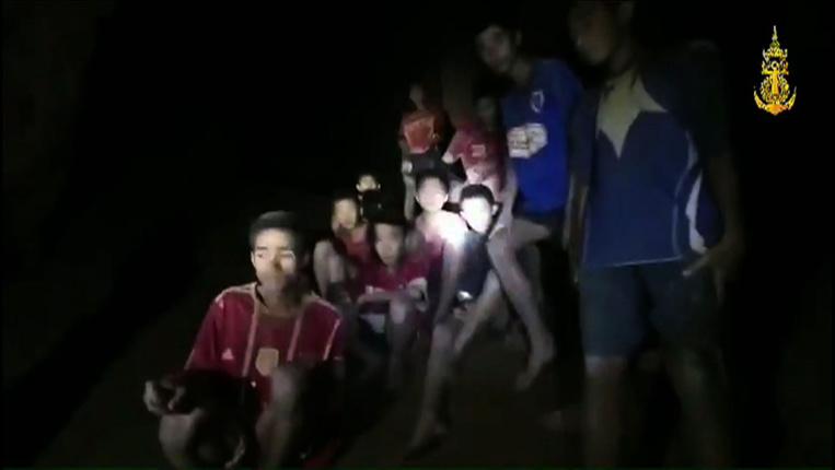 Thaïlande: après la découverte des enfants de la grotte, une délicate évacuation