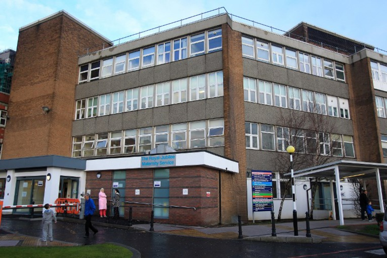 GB : une employée d'un hôpital soupçonnée d'avoir tué huit bébés